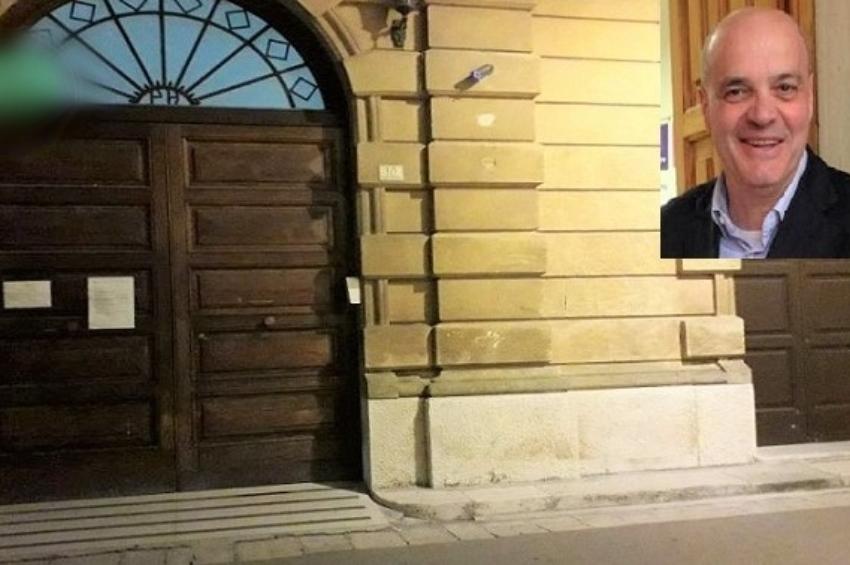 """""""Taurino mafioso"""" e altre offese scritte sui muri della città, trovato il possibile autore"""