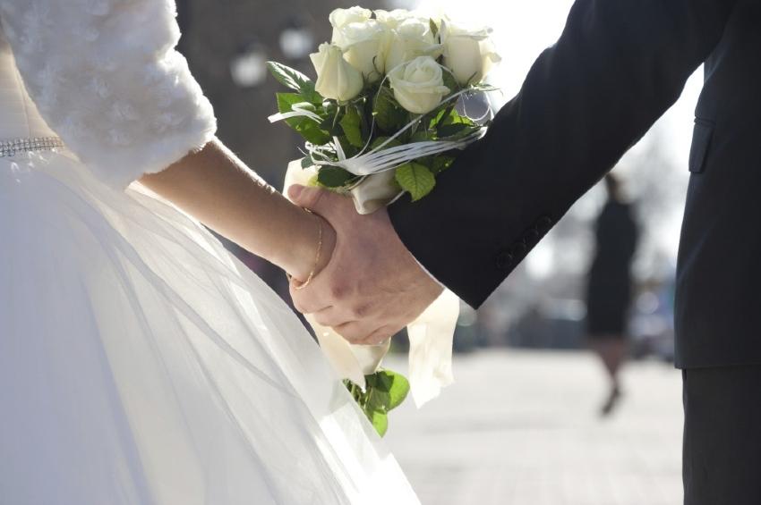 La Regione partecipa al regalo di nozze, un piano di sostegno per incentivare i matrimoni