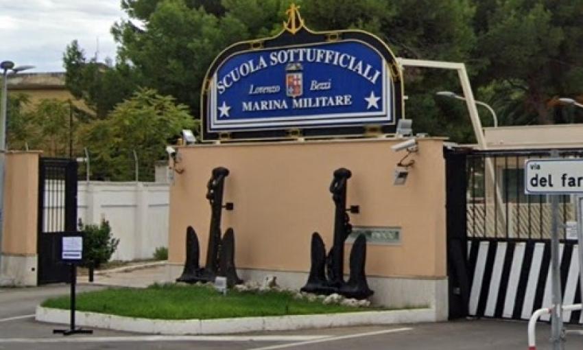 Tenente di Vascello indagata per aver ballato 'Jerusalema' con le reclute della Scuola Sottufficiali di Taranto