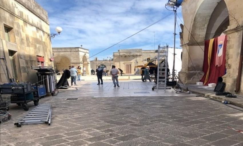 """Ciak, si gira: il centro storico di Melpignano diventa il set di """"Cops 2"""""""
